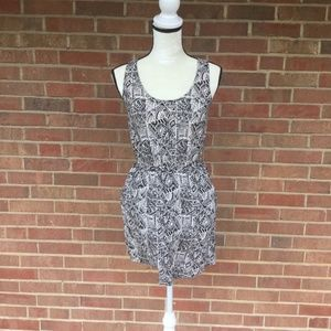 Mossimo Supply Co white and black dress S/P